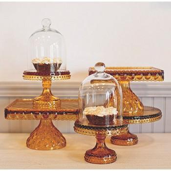 Wedding dessert table idea