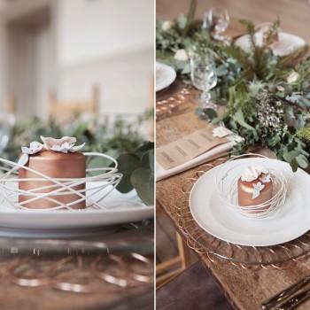 bronze mini wedding cake in wire basket