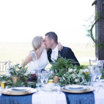 Kent-wedding-inspiration-photoshoot-midnight-blue-always-andri-wedding-design