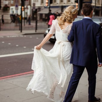 Bride and groom walking in London | London Wedding The Curries Photogrpahy | Always Andri Wedding Planning