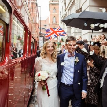 Bride and groom confetti | London Wedding The Curries Photogrpahy | Always Andri Wedding Planning