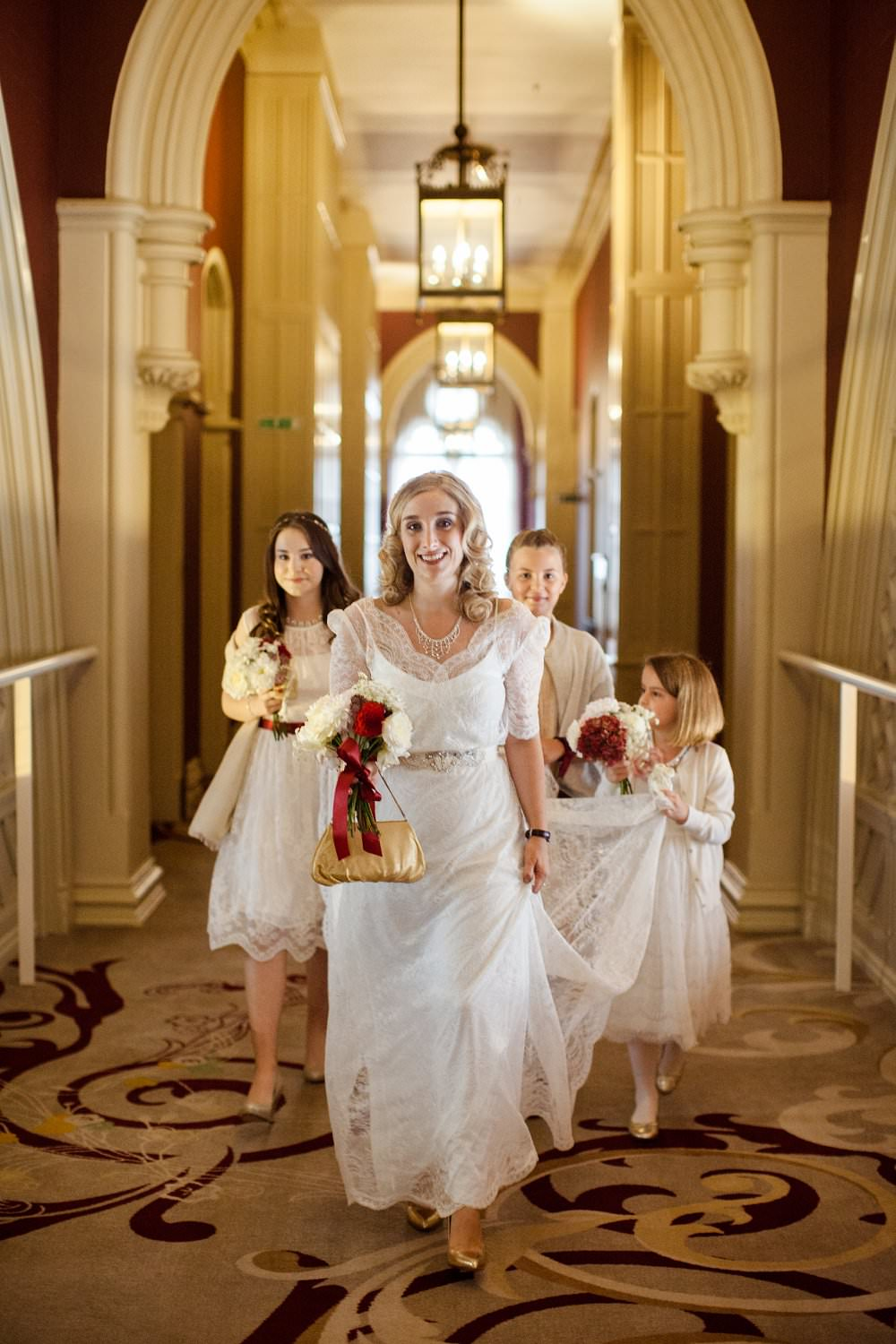Bride and bridal party at St Pancra Renaissance Hotel | London Wedding The Curries Photogrpahy | Always Andri Wedding Planning