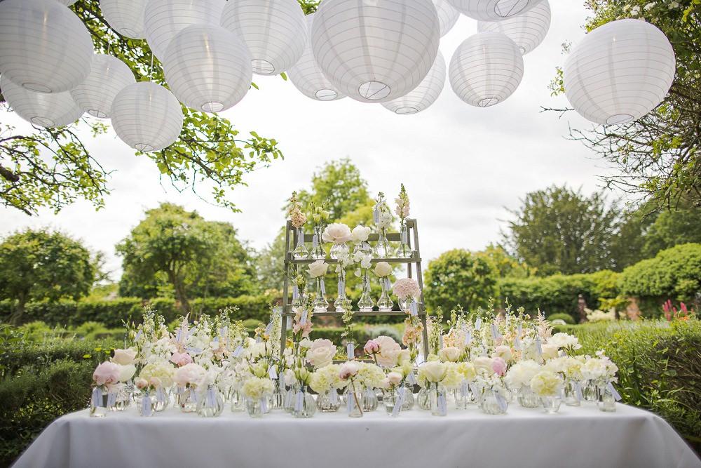 A pretty pastel spring wedding in Surrey
