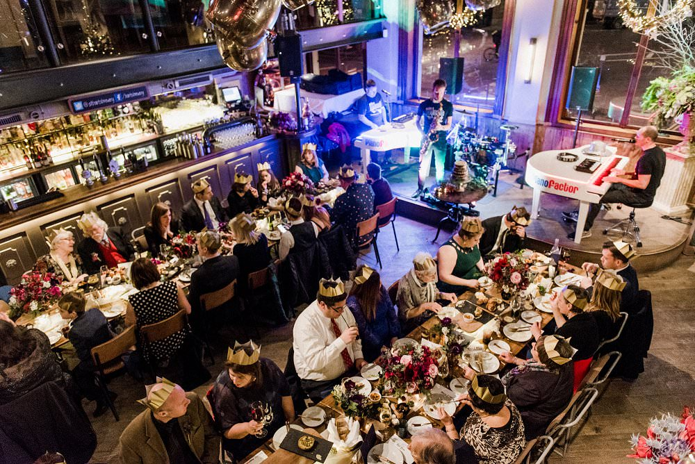 dualling pianists keep guests entertained at winter wedding at St Barts Brewery London