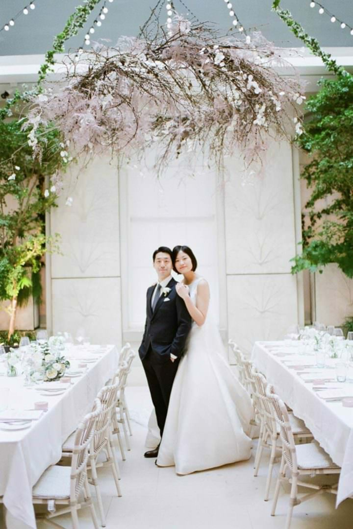 Tamara Gruner Photography bride and groom at Spring Somerset House wedding