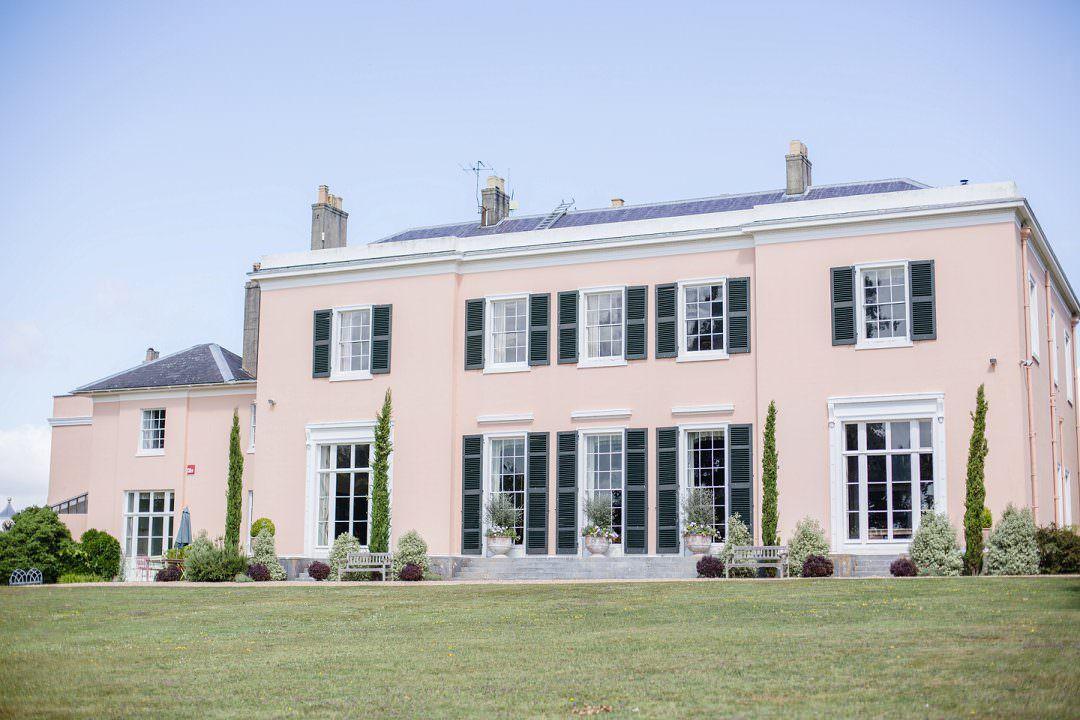 Bignor Park wedding venue wedding tips for finding your wedding venue
